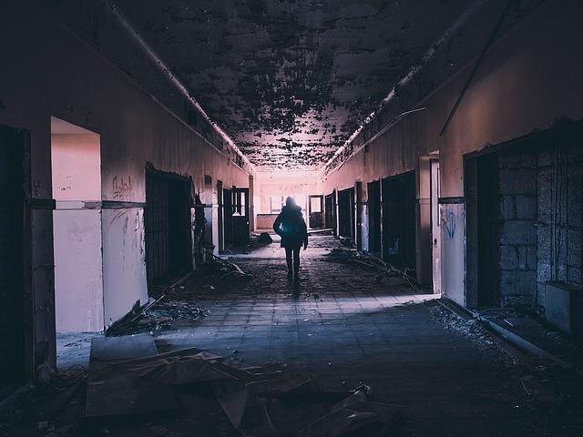 zničená budova