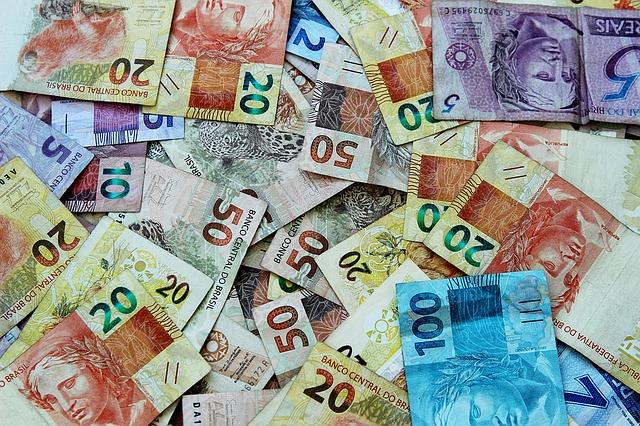 Hromada bankovek