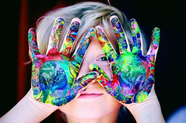 Umazané ruce